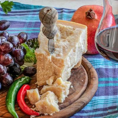 Parmigiano Reggiano (Rossi) >450 g (Preis/St.)
